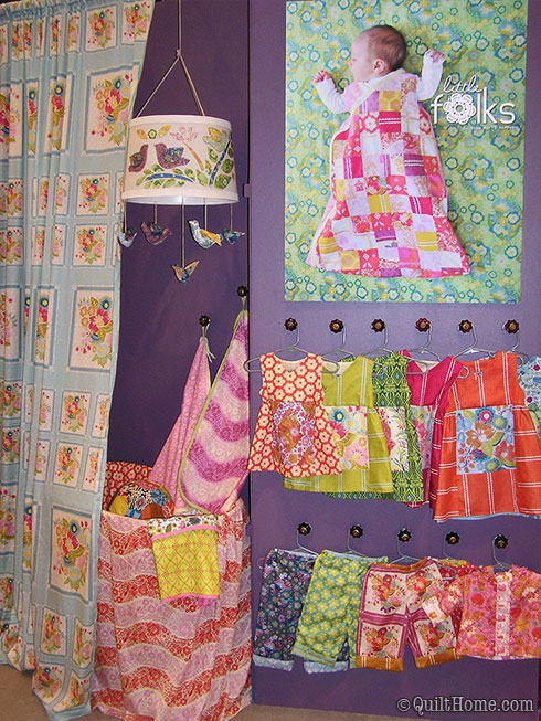 Anna Maria Horner's booth at Fall Quilt Market 2009