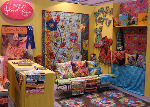 Enable Images to see Anna Maria Horner's Quilt Market Booth - Spring 2008