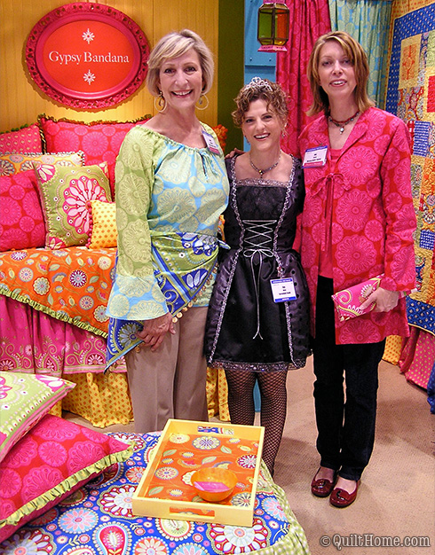 Pillow & Maxfield booth at Fall 2010 Quilt Market (pictured: Anne Maxfield, Kay Whitt (Serendipity Studio Patterns), Val Pillow)