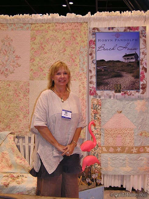 Robyn Pandolph's booth Fall 2009 Quilt Market